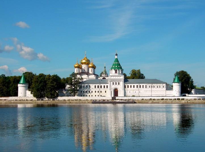 В Кострому на выходные — чем заняться всей семьей